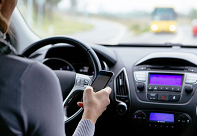 Do's and Don'ts of Distracted Driving Featured