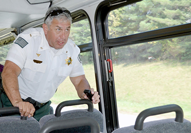 Bus tour in Tennessee focuses on distracted driving crackdown featured