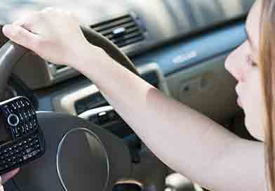 Brain can't handle texting and driving at same time