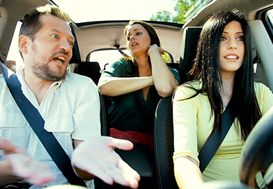 Distracted driving tips to avoid distractions