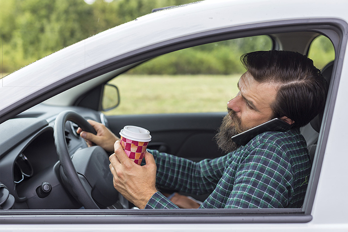 Distracted driving multitasking