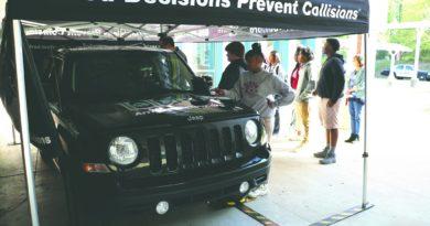 student-line-driving-simulator